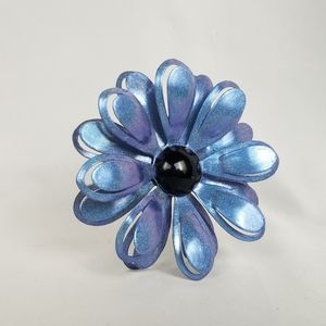"""Vintage 1960s Mod daisy brooch pin 3"""" holographic"""